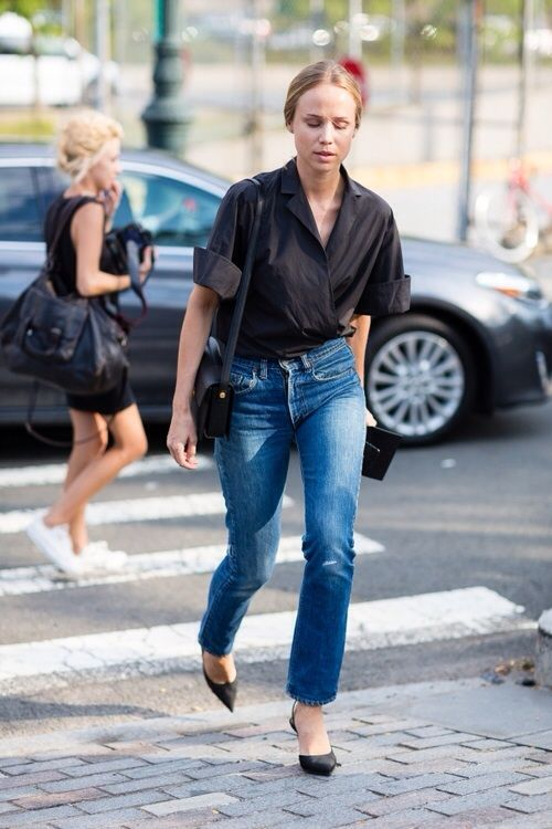 Elin Kling | cropped jeans | rolled sleeve black blouse