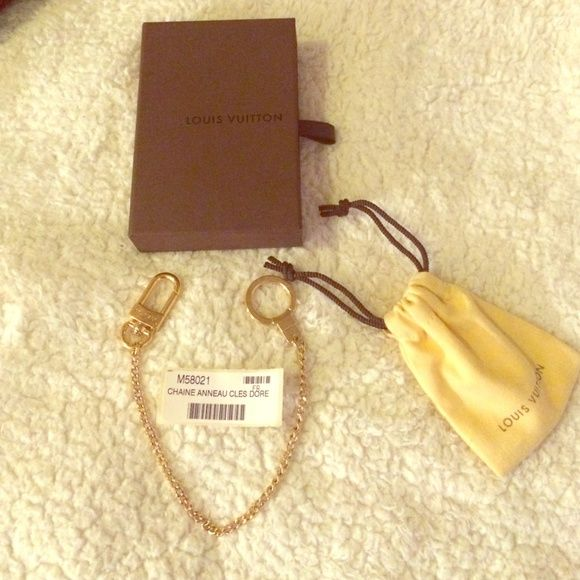 ⛔️SOLD on TRDSY⛔️LV key chain extender/ Bag Charm Hard to find online or in stores. I was able to grab this beauty last month when it was available online for a short time. MINT condition as used very briefly in the my speedy as a bag charm. Selling to donate $ towards earthquake victims in Nepal. Louis Vuitton Accessories