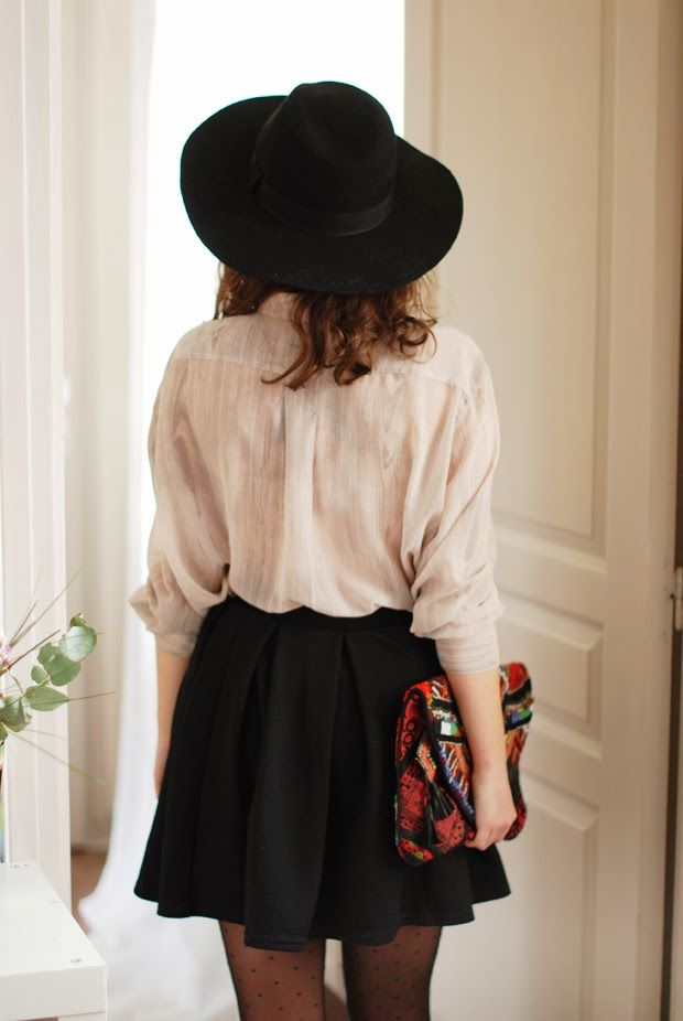 black skater skirt / clutch / white button up / hat http://duaweblentopgoogle.wordpress.com/