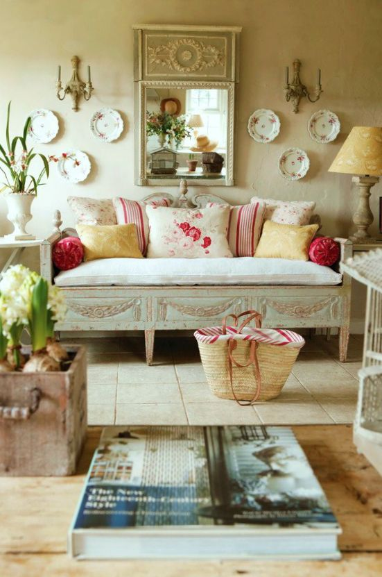 High Quality Cottage Décor ○ Living Room Lots Of Beige With Pops Of Crimson? Nice  Symmetrical Wall