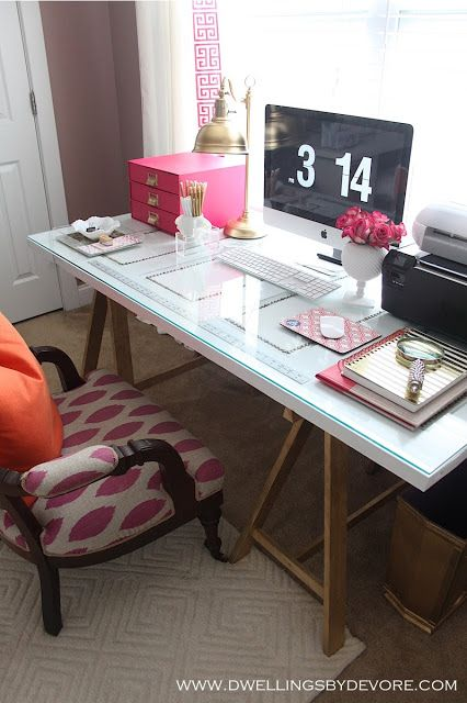 glass top on desk, and look at that gold lamp!!!