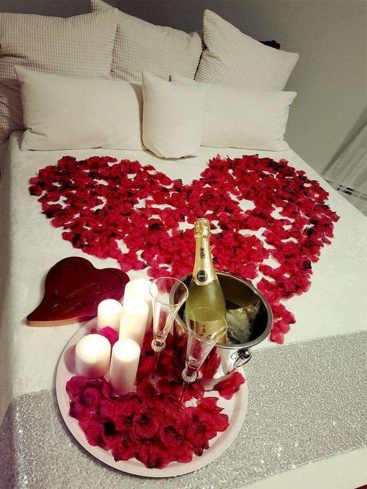 Romantic Bedroom Ideas For Wonderful Valentine Moments Romantic Room Surprise Romantic Room Decoration Valentine Bedroom Decor Room decor ideas valentines