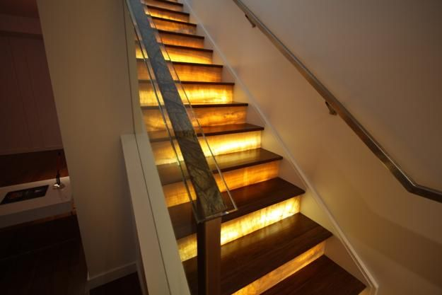 Lighting Basement Washroom Stairs: Onyx Interior Design, 20 Decor Ideas From Natural Stone