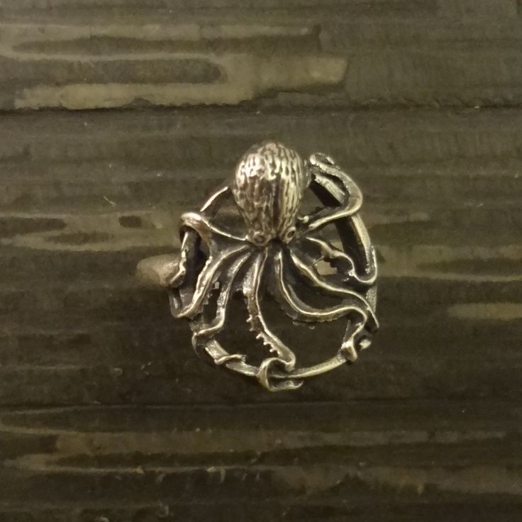 Sterling Silver Octopus Ring, Round – All Animal Jewelry & Jan David Design Jewelers
