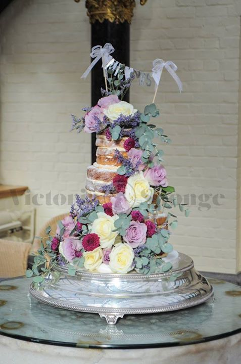 best sponge mix for wedding cake 17 best images about cakes and tuition from 11364