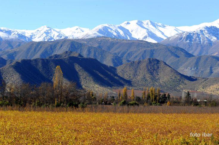 Vista del Valle mirando la cordillera de los andes,