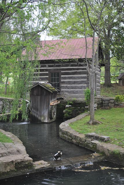 265 best rustic log cabins images on pinterest log for Tennessee winter cabins