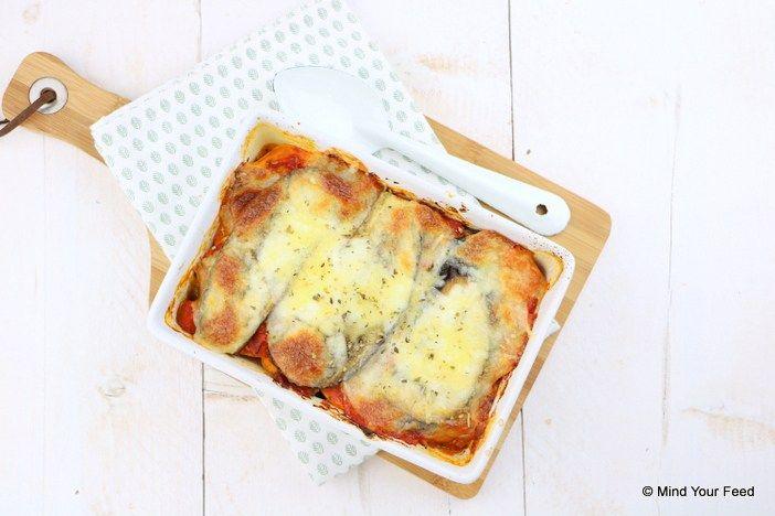 Een heerlijke schaal met comfort food! Deze zoete aardappel lasagne met aubergine, spinazie en mozzarella maakt elke koude dag weer lekker warm.