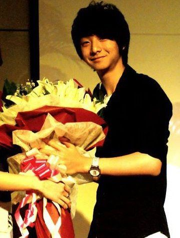 bouquet to sungha jung