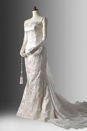 着物ドレス、リメイクドレス、レンタルドレスのローブドキモノ|白無垢ドレス