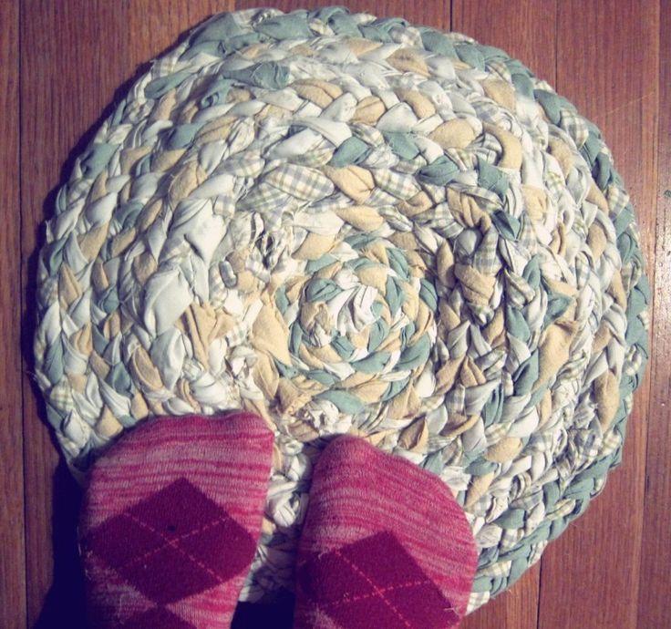 Best 25+ Fabric Rug Ideas On Pinterest