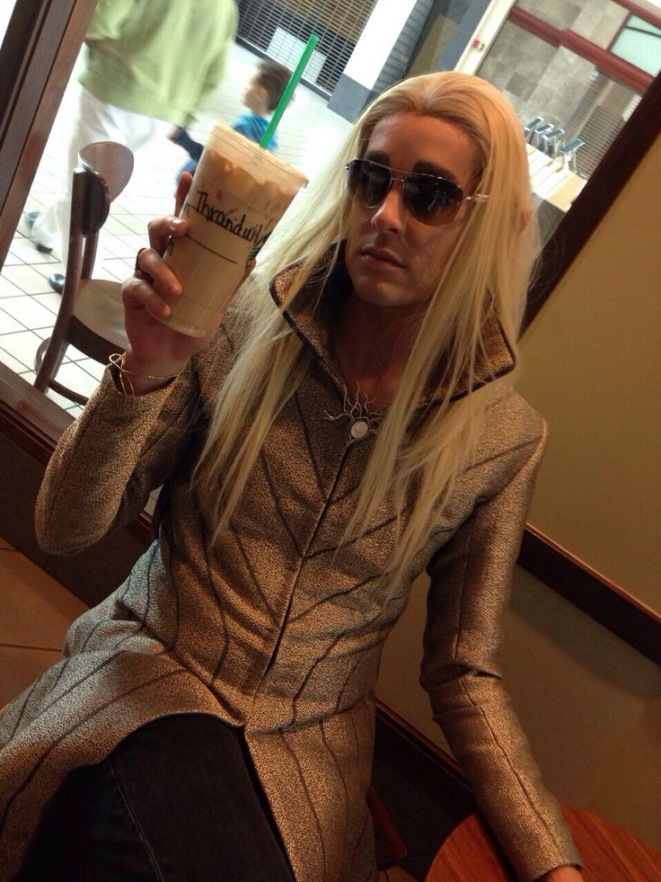 Thranduil cosplay at Starbucks, this is perfect. He looks so sassy!