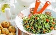 Nous sommes en semaine, il est tard et vous voulez manger rapidement mais sainement ? Cette salade de haricots verts est faite pour vous !