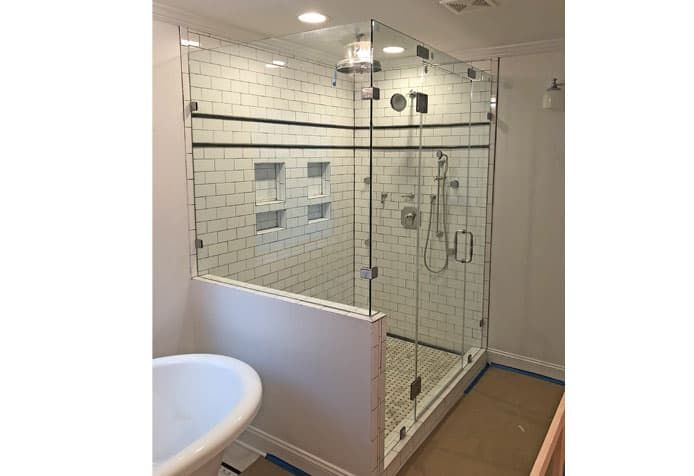 How Much Does A Custom Glass Shower Cost In 2020 Glass Shower Custom Glass Shower Door Installation