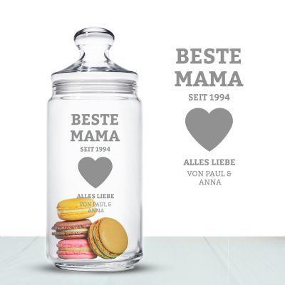 Deine Mama ist eine Naschkatze? Das Keksglas für Mütter ist ein echter Hingucker und wird durch die Namensgravur auch noch zu einem persönlichen Geschenk. via: www.monsterzeug.de