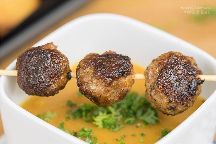 Sallys Blog - Möhren-Kartoffel-Suppe mit Fleischbällchen und Knusperbrot