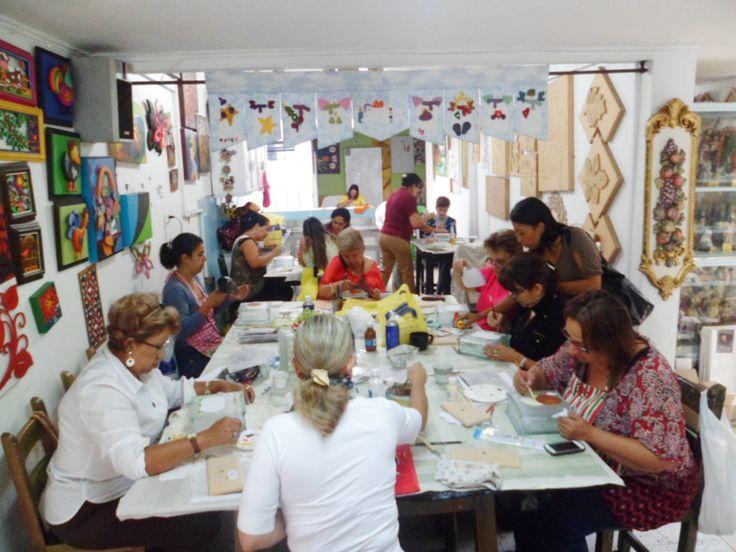 clases e implementos para artes