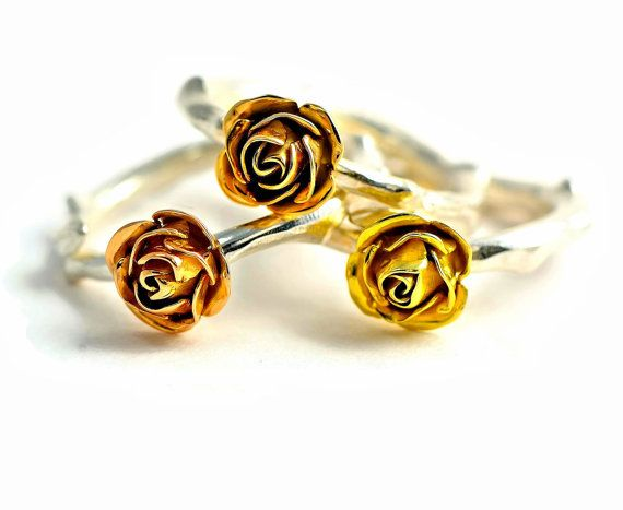 18 carats red gold rose ring rose stem by MagnoliaJewellery