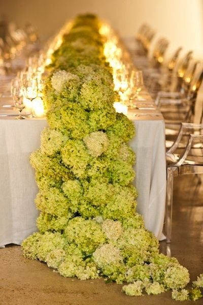 This swoon-worthy runner was made using all green hydrangeas and is so incredibly beautiful I can barely stand it!