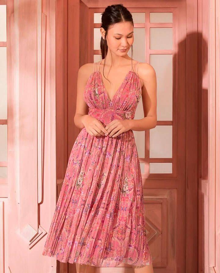 a721fb793 Melhores Looks da Semana no Bom Retiro • Ziro Blog | Moda para mujeres |  Vestidos, Vestidos de moda e Vestidos elegantes