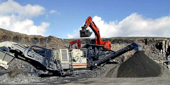 #Crushing And #Screening Blog : What Is #Mobile Crushing Plant And How It Works? http://crushingmachines.wordpress.com/2014/06/30/what-is-mobile-crushing-plant-and-how-it-works/