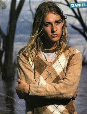Daniel Johns when he was young...the genius