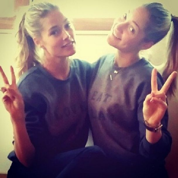 On s'inspire des people. J-Lo, Megan Fox, Gwyneth Paltrow, les stars posent en vacances et sans fard. On pique leurs astuces pour des photos au naturel !    Focus : no make-up, natural beauty, beauté naturelle, sans maquillage, selfie, beauté