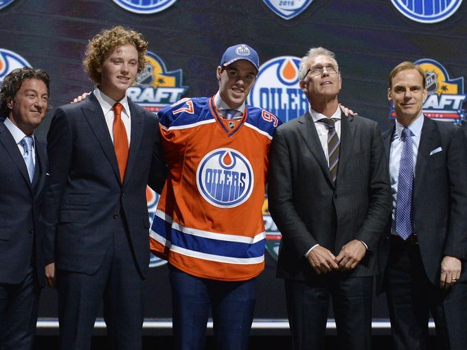 Connor McDavid selected by Oilers with No. 1 overall pick in 2015 NHL draft