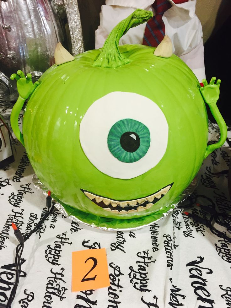 mike wazowski pumpkin decorating monsters inc halloween pumpkin