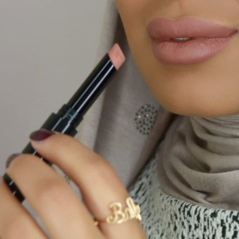 One of my favourite lipstick #Sephora Matt No 4