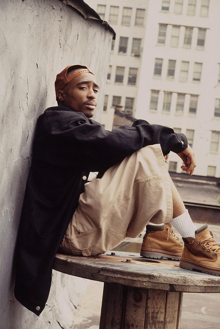 A Former LAPD Detective Thinks He Knows Who Killed Tupac   VICE   United States