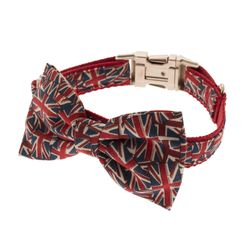 Give your walk some patriotic pride with this collar of collars!Part of a gorgeous range of pet accessories from cult designer brand Mrs Bow Tie! Based in London, England, Mrs Bow Tie focuses on fun, novelty and the downright delightful and we're loving their style...a little too much actually - we still can't decide which one to pick. To us, Mrs Bow Tie just makes sense. After all, why wear a boring old collar when you can fix up, look sharp in an adorable bow tie