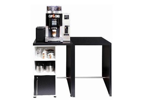 Kaffeemaschine Pura C mit großem Unterschrank für Ihren Coffee-Shop im Büro.