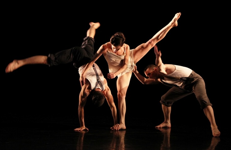 National Dance Company Wales Photography by Roy Campbell-Moore