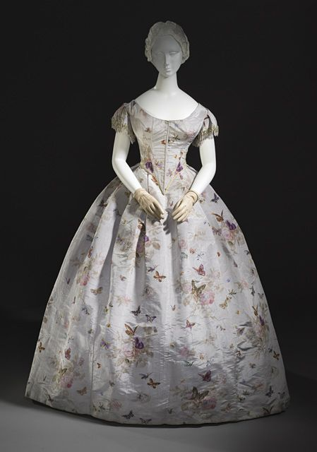 1865 evening gown. Never seen fabric from then with butterflies on it.