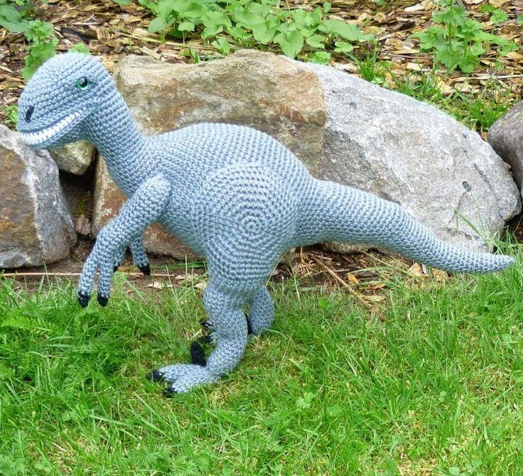Dinosaurier-Amigurumi Raptor zum Häkeln - Häkelanleitung via Makerist.de