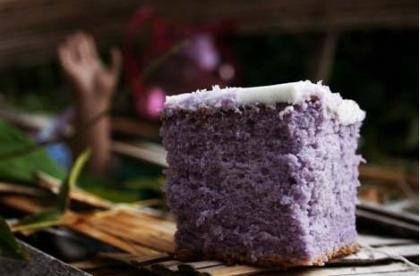Grape Kool-Aid cake - these would be great as cupcakes with red frosting!