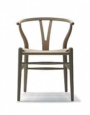 Hans Wegner Wishbone chair. My favourite chair in the whole world.