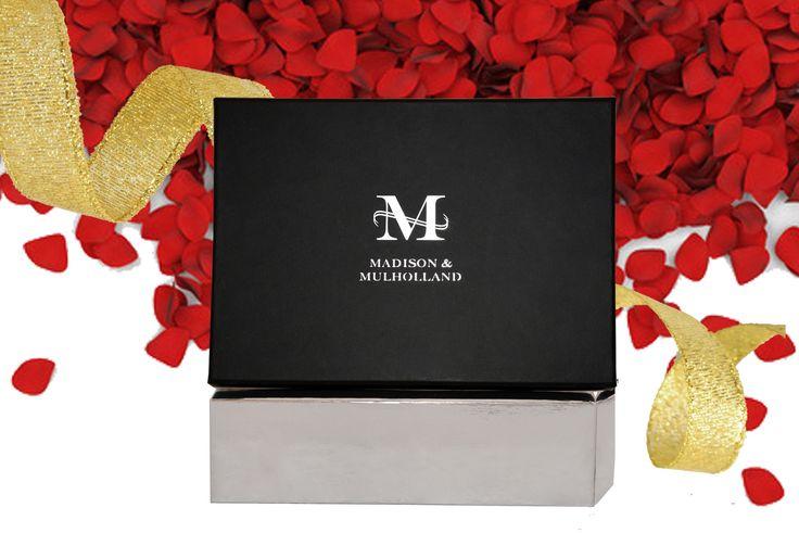 "Original ""M"" Gift Box 2017 HOLIDAY EDITION"