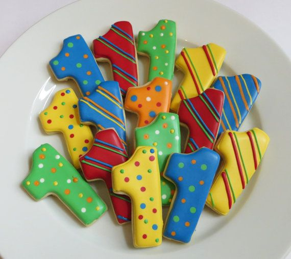 Number cookie favors decorated in your choice of colors,1 Dozen