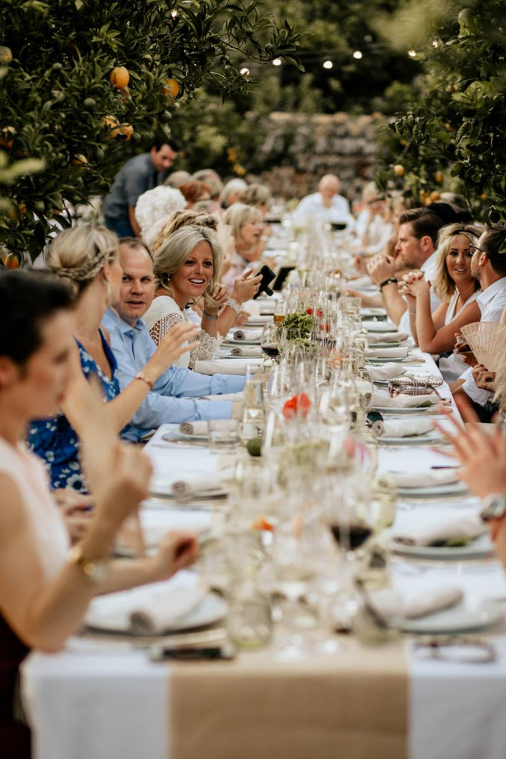 Summer wedding dinners between oranges trees in Mallorca by Mille Papillons    Pic by Chris&Ruth