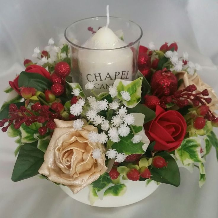 Christmas Table Decoration Artificial Hand Crafted Candle Display Berries