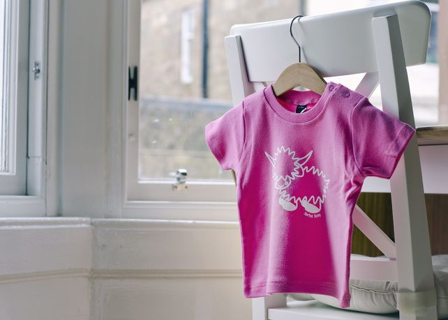 HAMISH THE HIGHLAND COW T-SHIRT - PINK