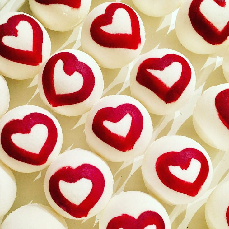 Passionate kissess valentines bath bomb , bath bombs , wholesale bath bombs love bath bombs by Organicarellc on Etsy
