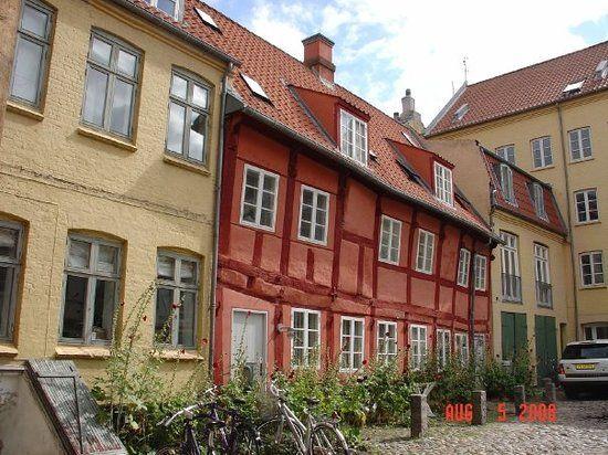 Información para turismo en Aarhus:  35.119 opiniones sobre turismo, dónde comer y alojarse por viajeros que han estado allí.