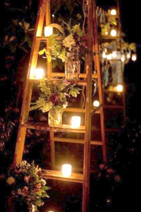 Que les parece esta idea para decorar el ambiente? Habria que buscar una escalera asi sea una de metal.