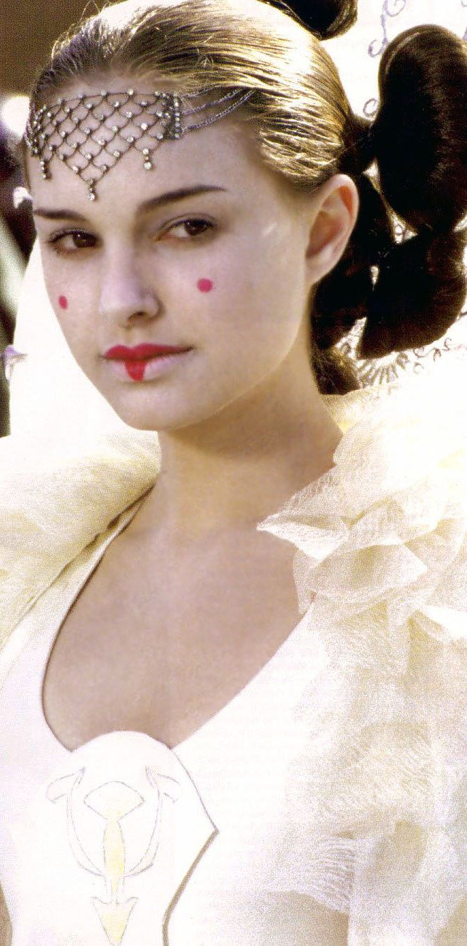 Satisfy%20Your%20Star%20Wars%20Addiction%20By%20Drooling%20Over%20Queen%20Amidala%27s%20Costumes