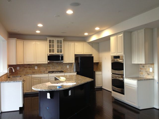 Ryans home the rome awesome kitchen i love this whole for Model kitchens with white cabinets