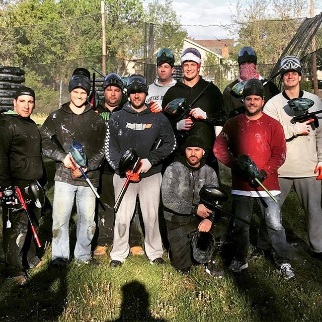 I want to play Paintball again it was so fun last time 😂 #gronk #gronkster #rg87 #letsgoooo #doyourjob #patriotsnation #patriots #paintball