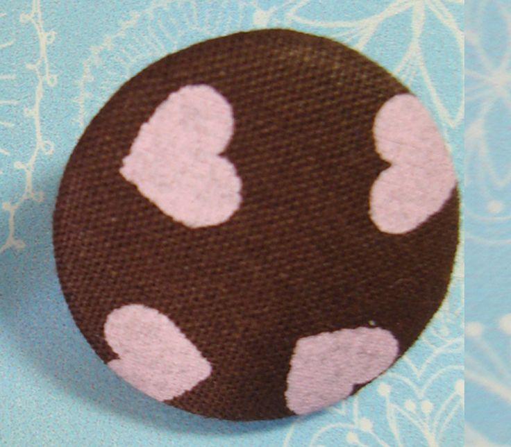 botão coberto com tecido da une aviamentos. www.elo7.com.br/uneaviamentos